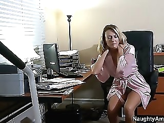 Brenda has been unexpressed with her son's join upon milf blond hardcore video