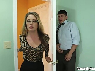 Pleading for her to keep him on by licking her pussy milf blond cunnilingus video