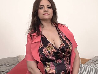 Huge nipples on big titted older Susan big ass big tits hairy video